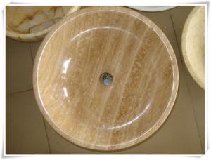 Au-dessus de la cuvette de lavage de comptoir en marbre/granit ...