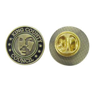 砂のような150の食事の金Pinのバッジ