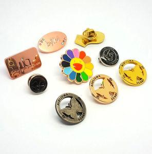 Estilo de imitación antigua y característica Regional para Europa aumentó de Metal Pins