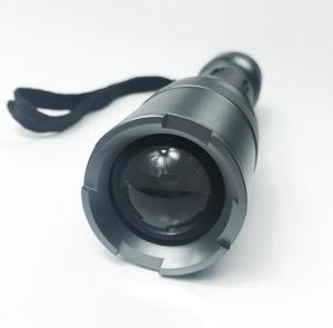 Un punto luminoso tenuto in mano Zoomable IP68 da 200 lumen impermeabilizza la torcia tattica della torcia elettrica del LED