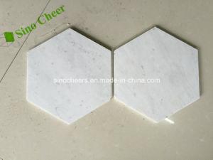 Qualitäts-Hexagon-weißes Carrara-Marmorpoliermosaik für InnenDerocations