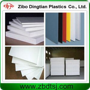 Strato bianco e duro del materiale da costruzione del PVC della gomma piuma