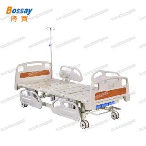 Lit d'hôpital avec trois leviers renouvelable