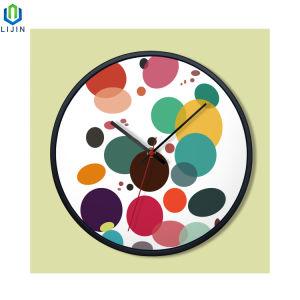 Reloj de pared creativo del color de la frontera de Metal el reloj Sala de estar de moda