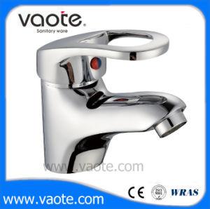 高品質の真鍮ボディ単一のレバーの洗面器のコック(VT11003)