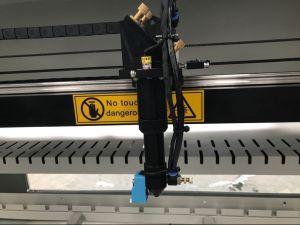 [ك2] ليزر عمليّة قطع [إنغرسنغ] آلة مع مرتفعة وإلى أسفل