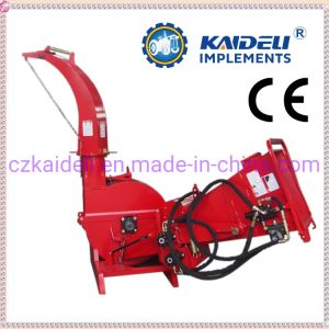 El tamaño de Middel impulsado biotrituradora Tractor