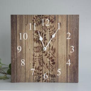 Orologio di parete di legno con l'uccello Laser-Cutted