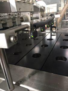 Skp-4 4 faixas da cápsula de café da máquina de embalagem para cápsula Kee-Fee Máquina de estanqueidade de Enchimento
