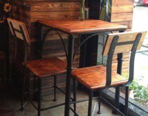 Mesa de comedor de madera antigua con la pierna de metal M020 – Mesa ...