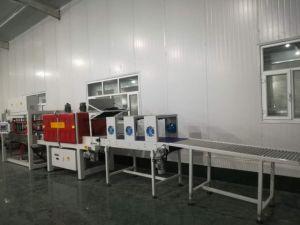 Haute vitesse Type de film rétractable de chaleur linéaire au cours de Wrap Machine d'emballage pour boissons et bouteille d'eau de boisson de boîtes de conserve