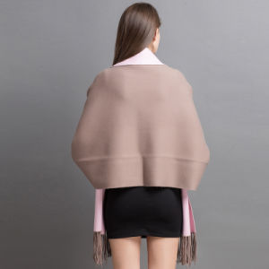 女性の方法カシミヤ織によって編まれる冬によって縁を付けられるカーディガン(YKY2022)