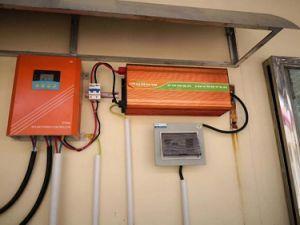 Streetlight Three-Time PWM Controlador de carga solar com visor LCD USB de 5V Controladores Solar