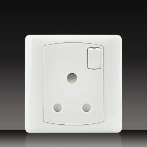 Schalter 1gang + Kontaktbuchse 15A (DK15)