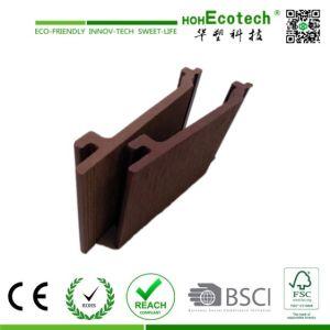 Bonito edificio de madera impermeable al aire libre compuesto de plástico de revestimiento de pared