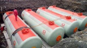 Двойные стенки с черной металлургии в защитной оболочке из волокнита подземный резервуар для хранения топлива