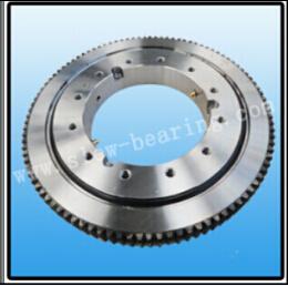 Замена уплотнительного кольца подшипника поворотной площадки для крана погрузчика