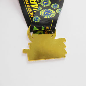 다채로운 연약한 사기질 운영하는 메달