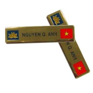 金属の記念品の警察は堅いエナメルのバッジ143と記章を付ける