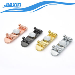 Les scooters Multi-Color Fidget part Spinner avec skateboard