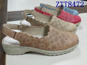 Mode de vente chaude mature de confortables chaussures femmes avec Ztt8472