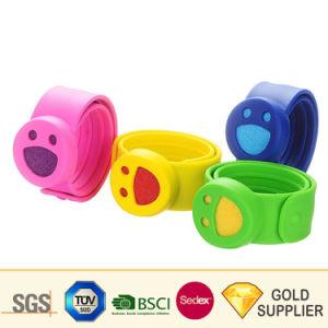 Venta caliente precio barato de alta calidad a la moda Animal Cute adorable varios tipo adulto niño señoras RFID de plástico de deportes de silicona caucho Slap Watch para Souvenir regalos