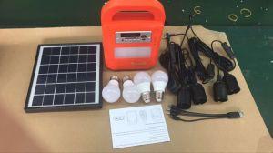 Nuevo diseño del sistema de iluminación LED solares domésticos Kits con radio FM, reproductor de MP3 SD