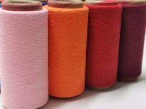 Fios de poliésteres de algodão reciclado regenerada para tricotar