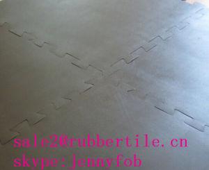 困惑の体操の床のマット、運動場のゴム製マットまたはゴム製安定したタイル