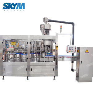 ペットびんの液体の清涼飲料水洗浄の満ちるキャッピング機械