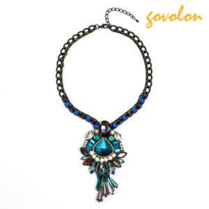 De Halsband van het kristal met de Azuurblauwe Blauwe Vorm van de Diamant
