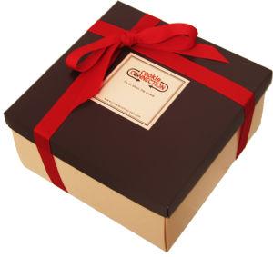 Chocolates artesanales de papel cartón Caja de regalo con cinta de opciones