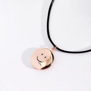 Monili Smiley circolari di modo della collana della lega