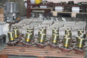 Txkはセリウムを2トンの荷役機械に供給する