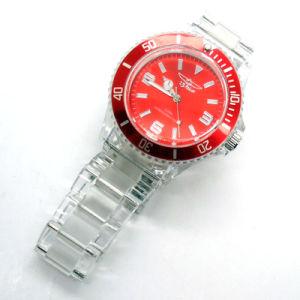 方法回された斜面が付いているプラスチック昇進の腕時計