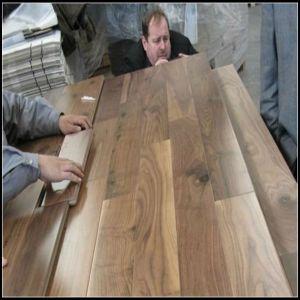 El primer Black Walnut diseñado Pisos de madera (Laca UV)