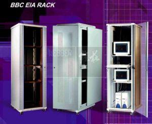 19の Eiaサーバーラック及びネットワークキャビネット(HKT-S)