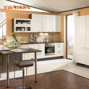 Espaço de pequenos fabricantes de mobiliário italiano de cozinha lacados armário de cozinha moderna
