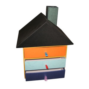 家の形のクラフトのペーパーギフト用の箱