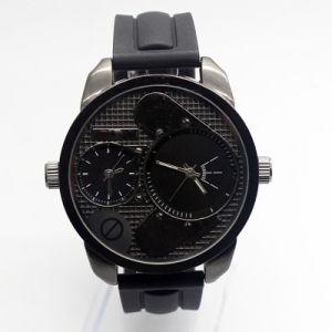 6468fb2722e8 Alta calidad y el reloj de pulsera de moda para hombre con los movimientos  de doble