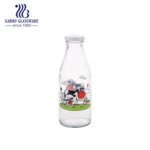 550ml de afgedrukte Fles van het Glas van de Melk van het Ontwerp van de Koe van het Glaswerk met de Fles van het Water van het Glas van het Deksel van het Metaal