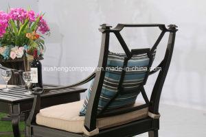 En el exterior de fundición de aluminio muebles silla estacionaria