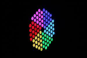 Nouvelle commande de ventilateur en aluminium 84pcs d'éclairage LED RVB Étape par la lumière de l'éclairage Disco