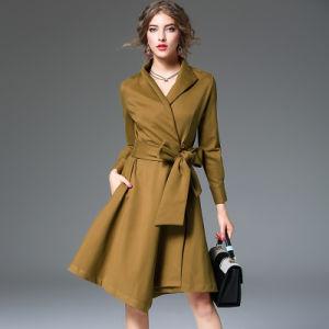 純粋なカラー方法長い袖の細いウエストのトレンチコートの服
