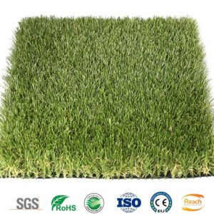 Künstliches Rasen-Garten-Gras, im Freienmöbel-Fälschungs-Rasen
