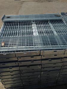 انحدار حارّة يغلفن فولاذ حاجز مشبّك