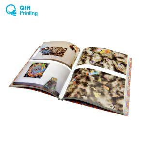 Grande stampa perfetta del libro rilegato di colore completo