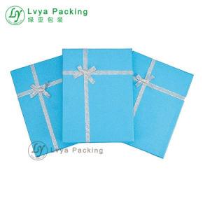 2017 Impresión de logotipo personalizado de joyas de papel de embalaje Caja de regalo