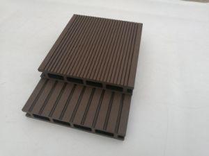 木製のプラスチック合成の屋外WPCのDecking