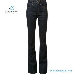La mujer de gran altura de la moda Denim Jeans Boot-Cut